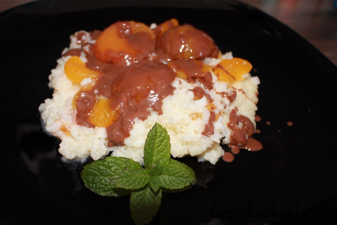 Sladká rýže s meruňkami